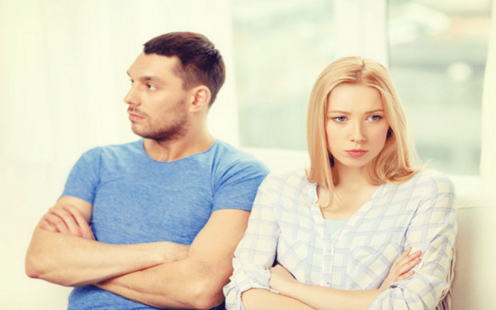 Signs Your Relationship Is Failing