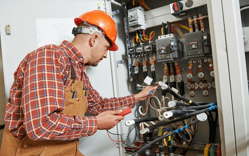 Tips on Selecting the Best Emergency Electrician