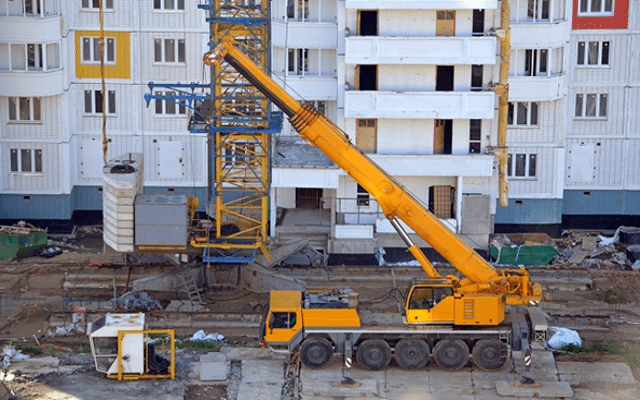Avail Mobile Crane