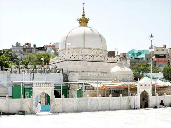 Muslim Pilgrimage Tour Packages