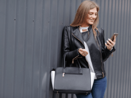 Fashionable Handbags for Ladies