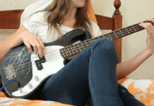 Learn Bass Guitar Online